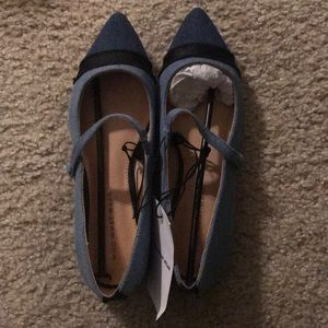 NWT Who What Wear Flats Sz 6